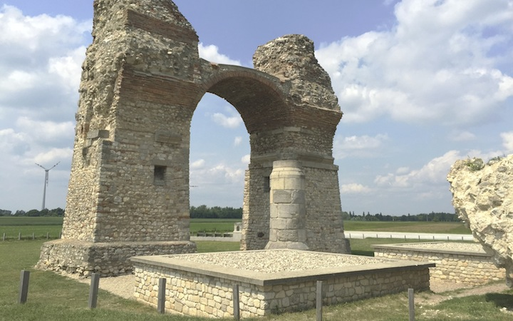 CARNUNTUM – FORMER ROMAN MILITARY CAMP
