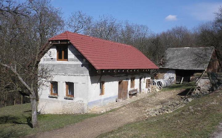 https://www.bestslovakiatours.com/wp-content/uploads/2021/09/2010-04-25.jpg