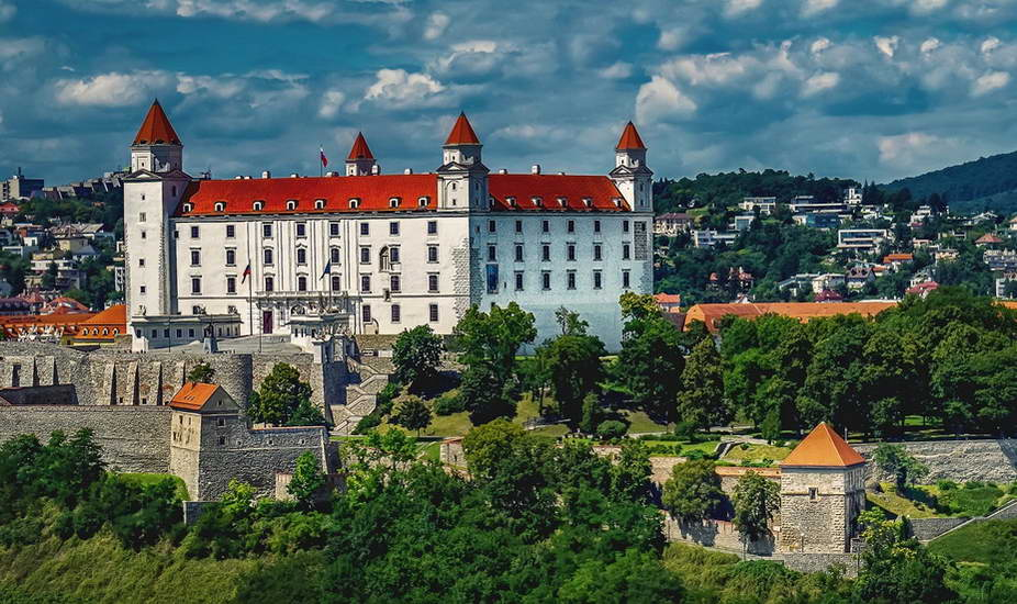 Vienna – Bratislava – Krakow Tour