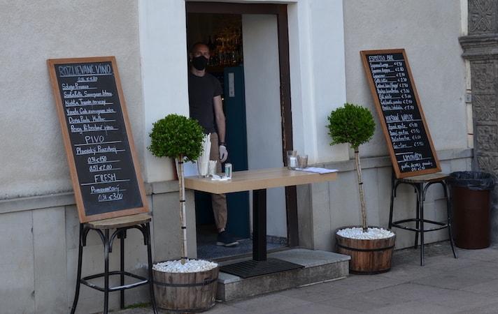 https://www.bestslovakiatours.com/wp-content/uploads/2021/09/cafe-open-banska-bystrica.jpeg