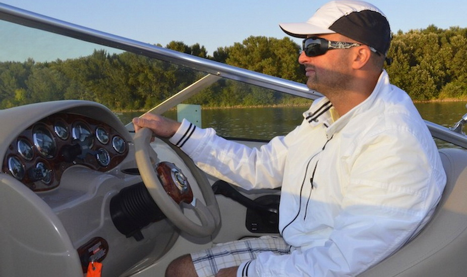 Private Speed Boat Trip on Danube
