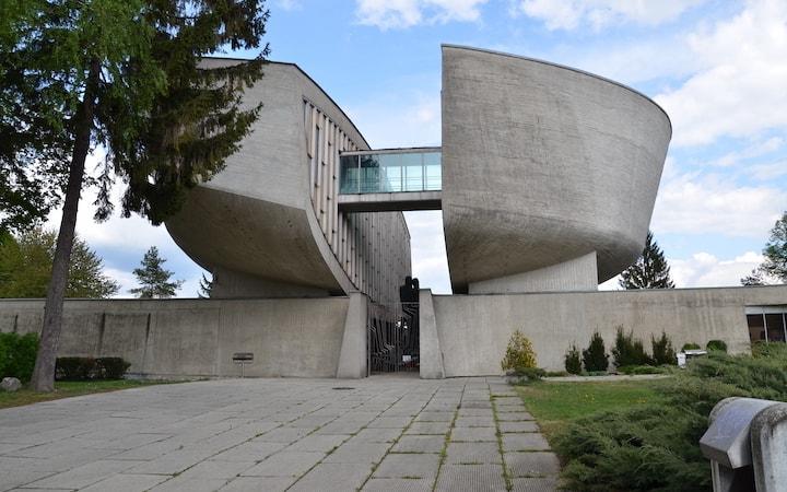 MUSEUM OF SNP / SLOVAK NATIONAL UPRISING